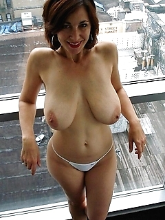 Slutty amateur cougar